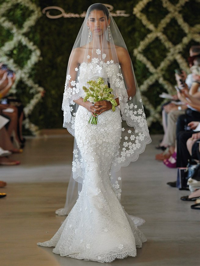 2013 Bridal Collection by de la Reanta.