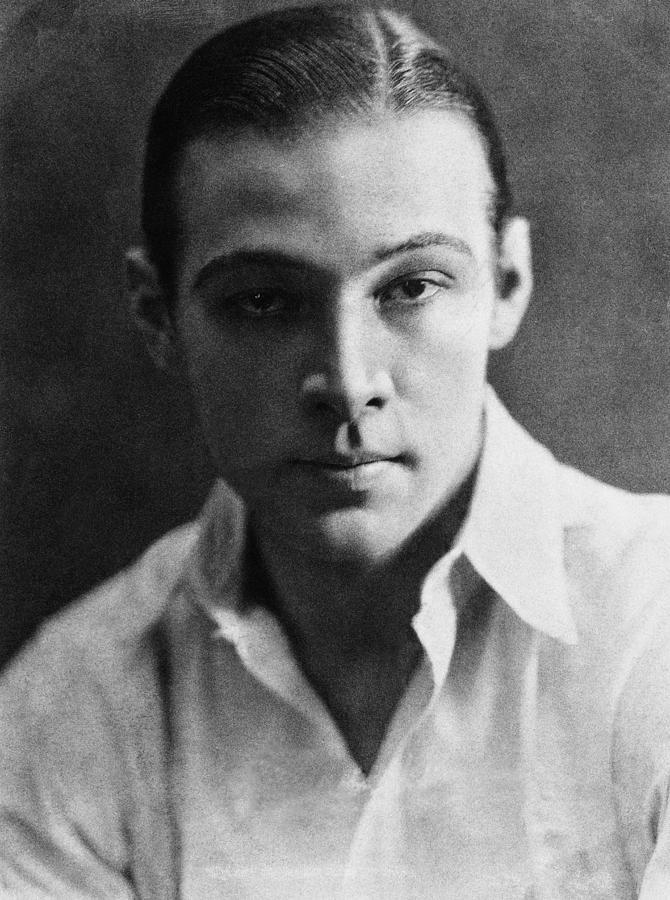Rudolph Valentino on Saxon Henry's blog