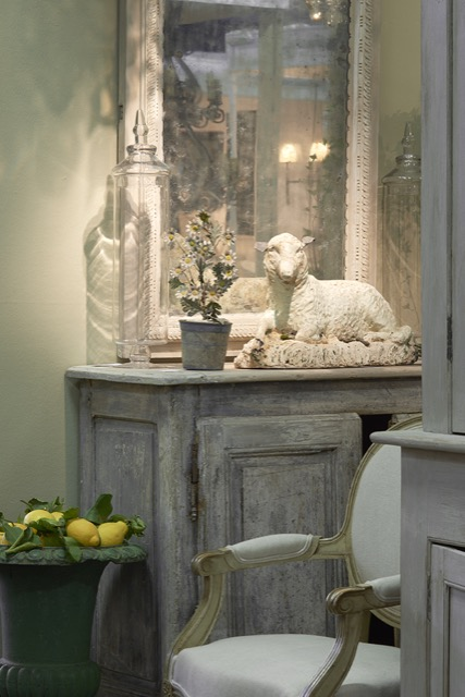 The Decorative Fair welcomes M Charpentier Antiques.