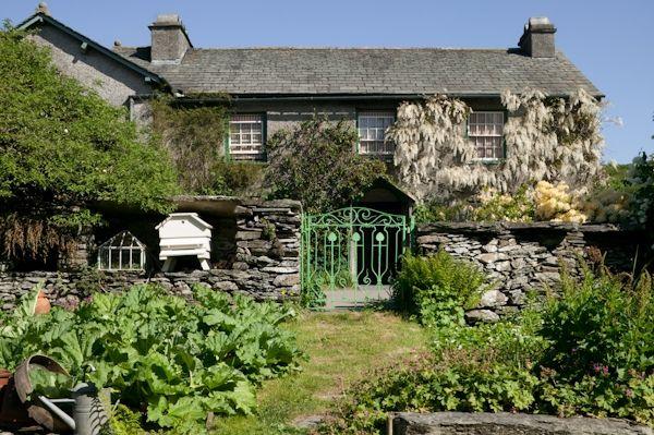 Dayve Ward photographed Beatrix Potter's Hill Top Cottage