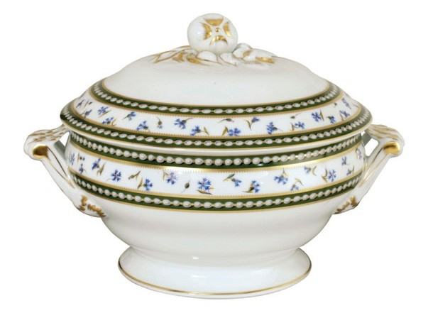 Bernardaud's Soupiere in the Marie-Antoinette pattern.