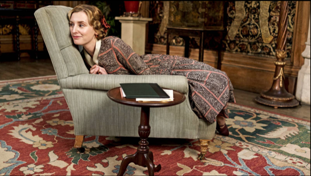 Lady Edith Crawley behind the scenes