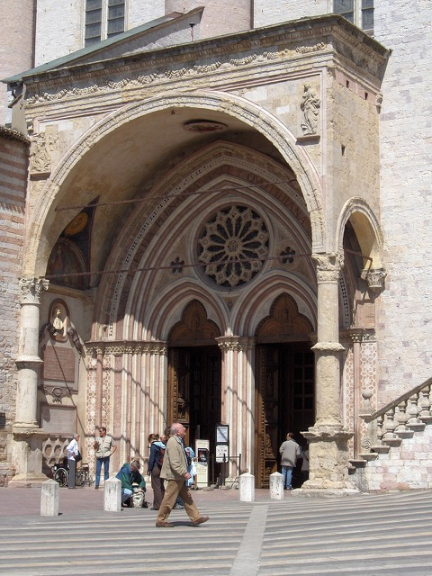Entrance to lower Basilica of St Francis of Assisi