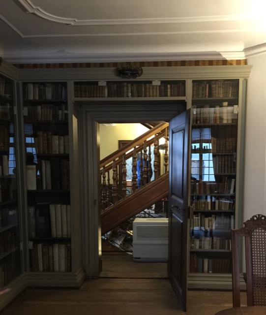 Books shelved around the walls of Goethe's father's study
