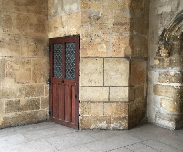 doorway at musee du moyen age paris