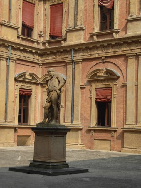 Staue of Hercules in Bologna