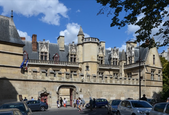 The exterior of the Hôtel de Cluny, now the Musée national du Moyen Âge in Paris. Image courtesy WikiMedia and Pline.