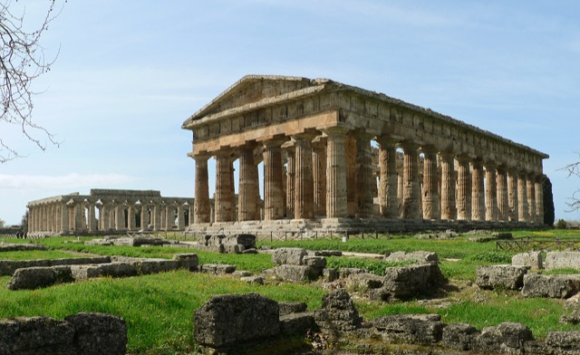 Paestum contains three of the most well-preserved ancient Greek temples in the world, including the two Hera Temples shown above. Image courtesy WikiMedia and Oliver-Bonjoch.