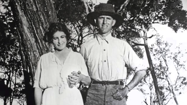 Karen Blixen and Denys Finch Hatton in Africa during the 1920s. Image courtesy WikiMedia.