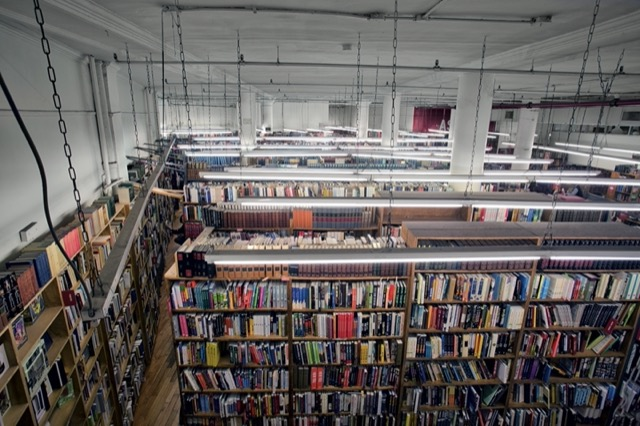 This view of The Strand illustrates how many books are shelved there. Image © Horst A. Friedrichs.