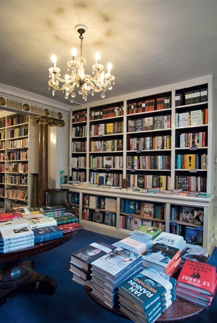 An interior shot of Heywood Hill Bookstore in London. Image © Horst A. Friedrichs.