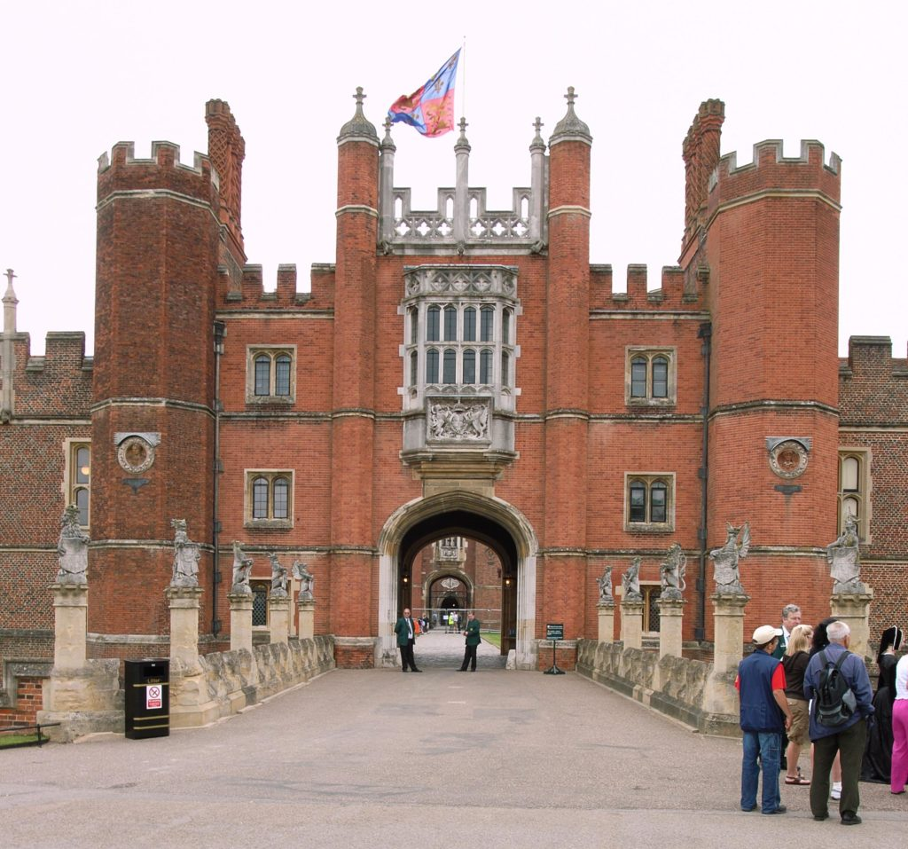 Hampton Court Great Gatehouse with its medieval architecture. Image courtesy WikiMedia and Steve Cadman.