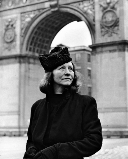 Edna St. Vincent Millay in front of the Washington Arch.