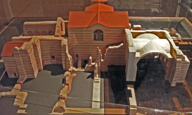 A model of what exists of the Thermes de Cluny. Image courtesy WikiMedia and Marsyas.