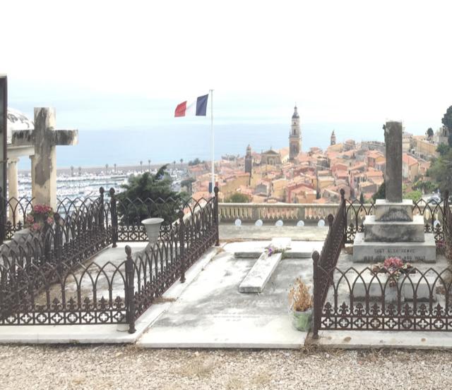 Aubrey Beardsley's grave in Mentone, France. Image courtesy WikiMedia.