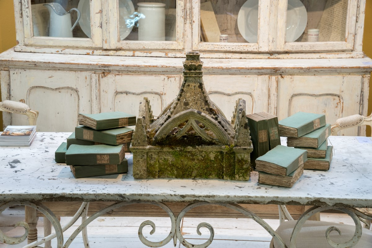 Appley Hoare Brings French Flair To The Decorative Fair