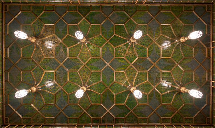 The ornamented ceiling in the Peacock Room, a Whistler move to add lushness to the space.
