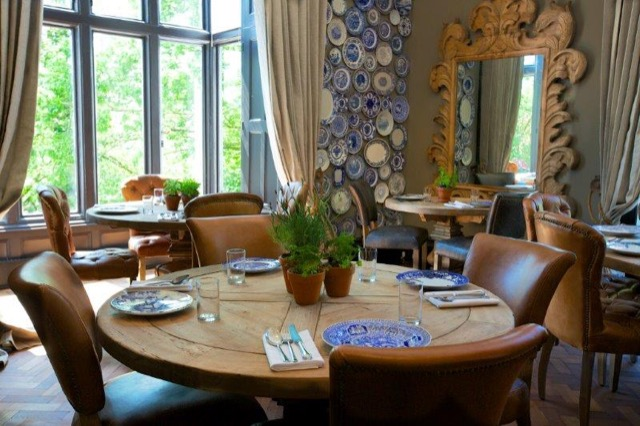 The restaurant at the Glazebrook House Hotel holds blue and white china