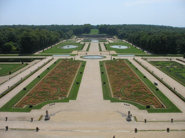The gardens at the Château Vaux-le-Vicomte