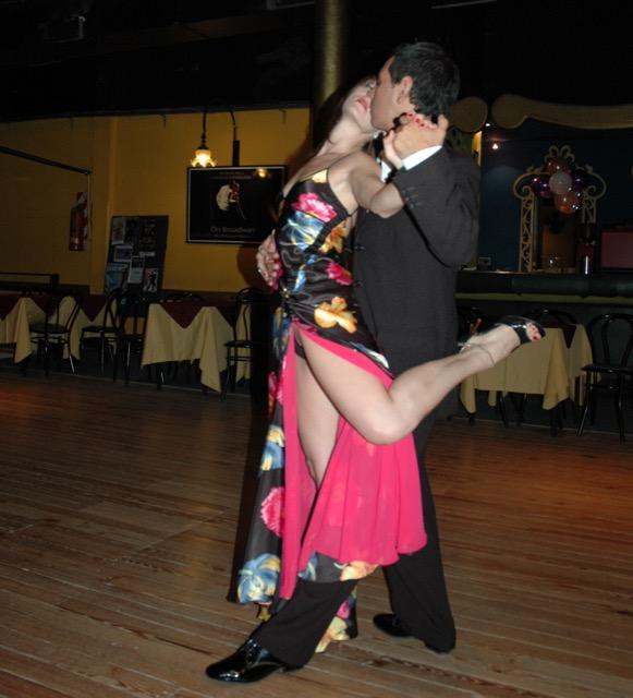 Fernanda and Alberto in tango pose