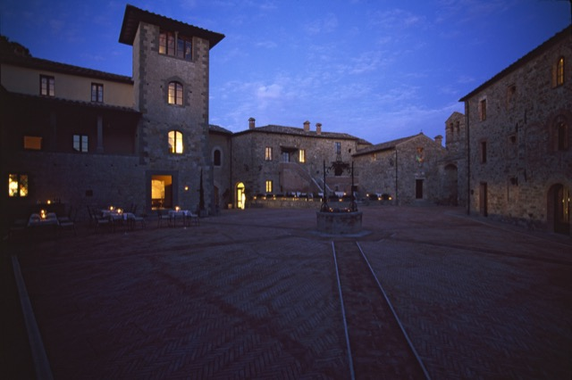 Castel Monastero courtyard