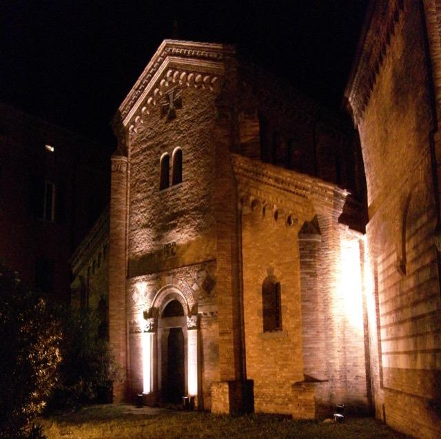 Entrance Santo Stefano Basilica